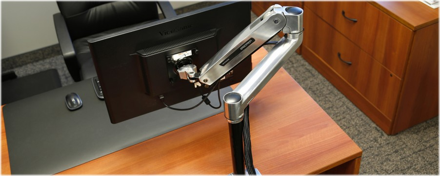 Ergotron 45-360-026 LX Sit-Stand Desk Mount LCD Arm